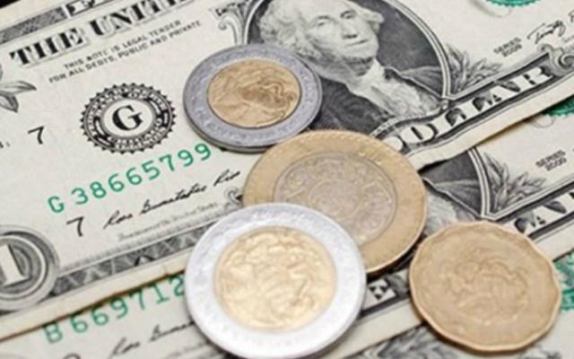 Dólar hoy termina en 19.90 pesos - Peso cierra con pérdida ante calificación negativa de deuda de Pemex