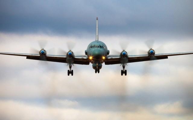 Siria responsabiliza a Israel por derribo de avión militar ruso - Foto de AFP / Alexander Kopitar