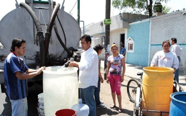 Serán necesarias 12 mil pipas al día por corte de agua: Mancera - Foto de Internet