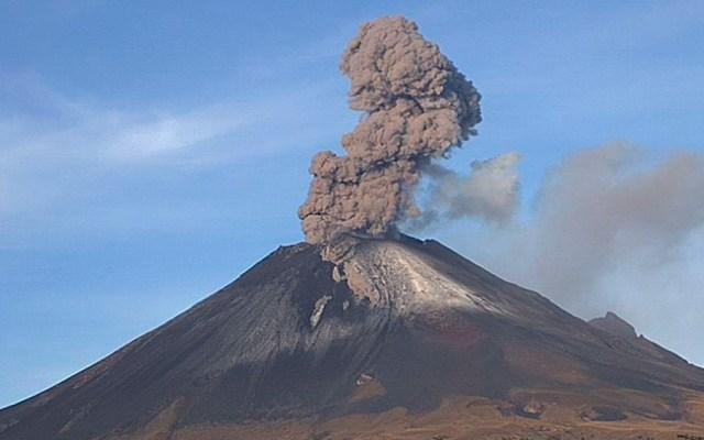 El Popocatépetl registra dos explosiones este sábado - Foto de @webcamsdemexico