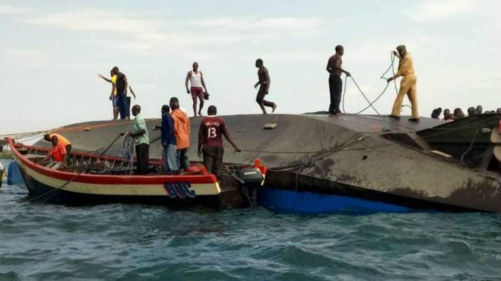 Al menos 131 muertos por naufragio de ferri en Tanzania - Foto de BBC