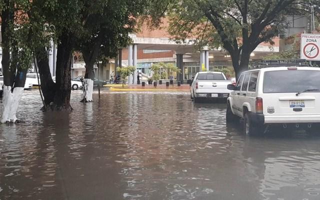 Lluvias provocan inundaciones en Guadalajara y Zapopan - Foto de @lickuden