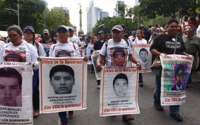 Gobierno de México refrenda compromiso para aclarar caso Iguala