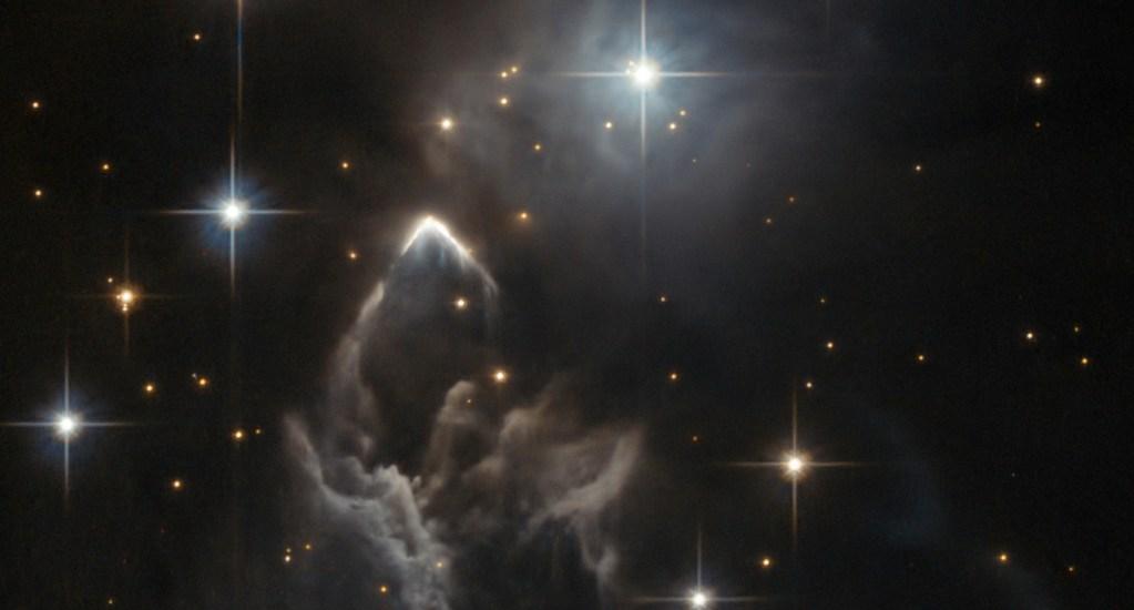 Telescopio Hubble capta nebulosa en constelación Tauro - Foto de NASA