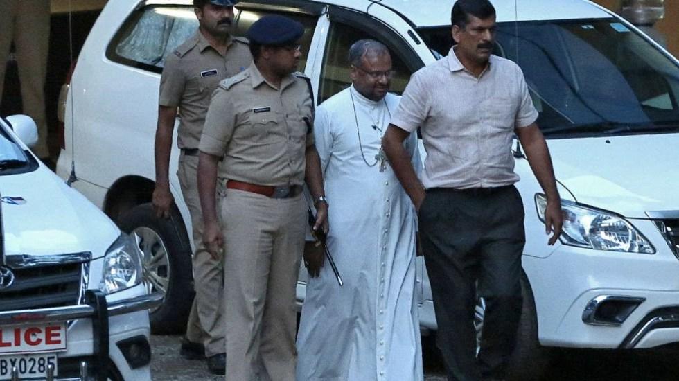 Papa Francisco releva a obispo acusado de violar a una monja en India - Foto de The India Times
