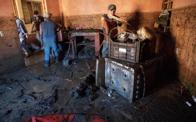 Suman ocho muertos por desbordamiento en Peribán - Foto de @NTelevisa_com