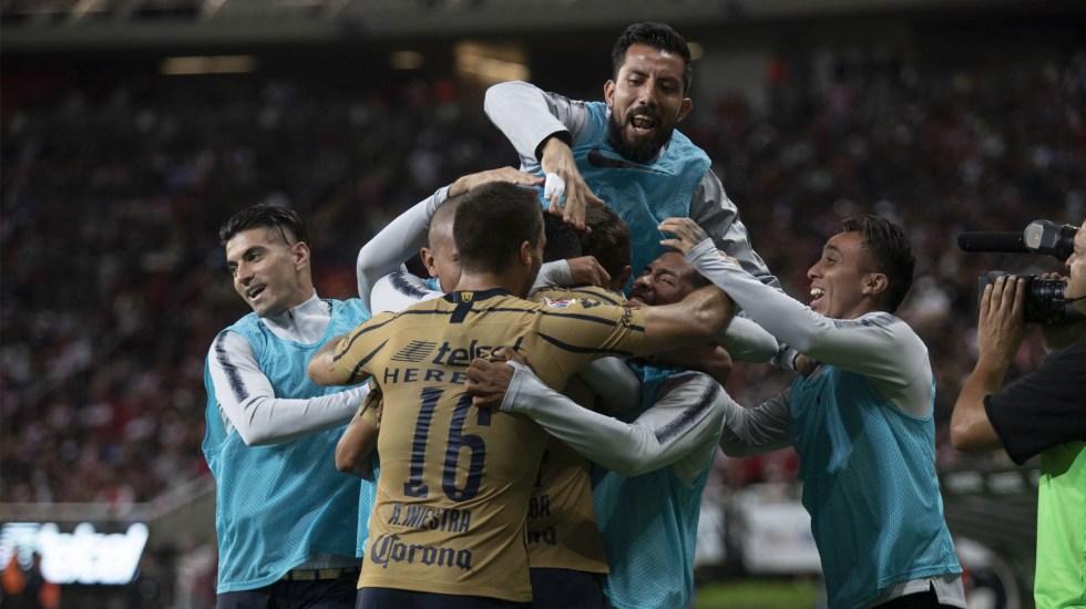 Pumas rompe la maldición en Guadalajara y avanza a Cuartos de la Copa MX - Los Pumas pasaron a la siguiente ronda de la Copa MX. Foto de Mexsport