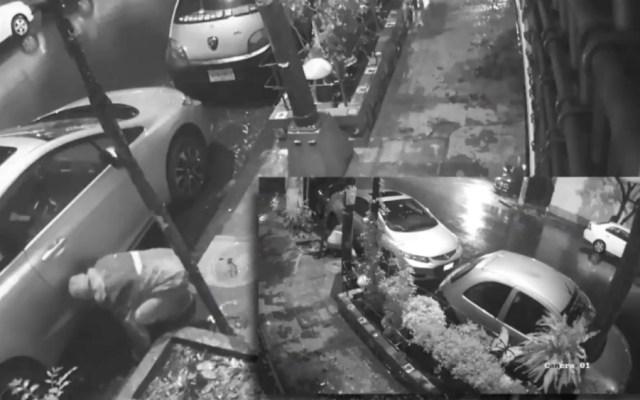 #Video Ni la lluvia impide a delincuentes robar llantas en la Benito Juárez - Foto de Reporte Índigo