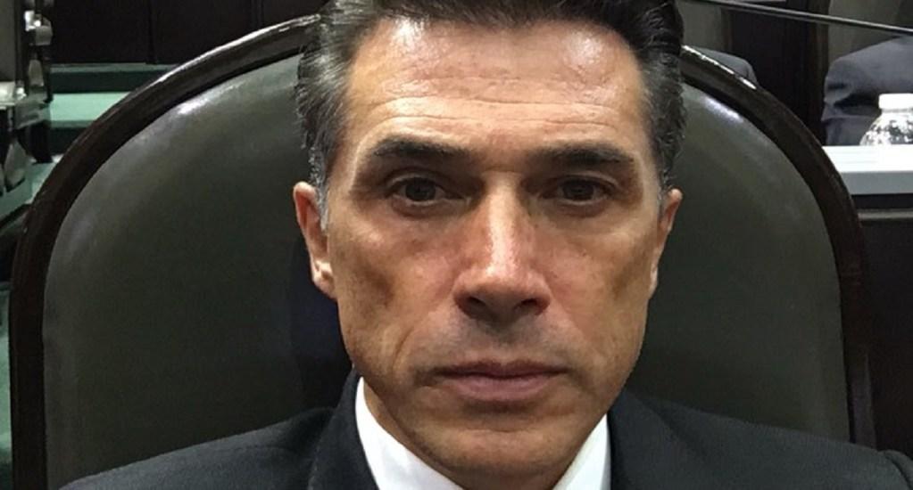 Sergio Mayer presidirá Comisión de Cultura - Sergio Mayer en su primer día como diputado. Foto de @SergioMayerb