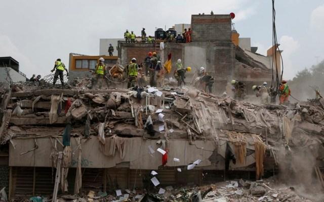 Invertirán 21 mil mdp en reconstrucción de edificios dañados por sismos - Sismo del 19 de septiembre de 2017 en México. Foto de AP