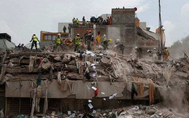 Invertirán 21 mil mdp en reconstrucción de edificios dañados por sismos - crean manual de comunicacion en caso de desastre