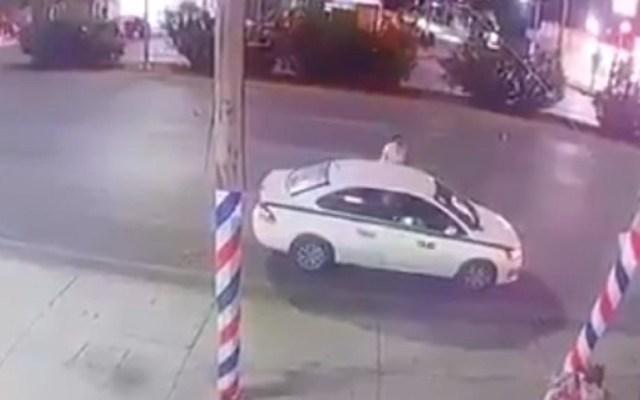 #Video Taxista libra ataque de sicarios en Cancún - Foto Captura de Pantalla