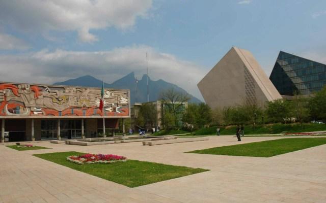 El Tec de Monterrey llama a la unidad tras suicidio de estudiante - Foto de Internet