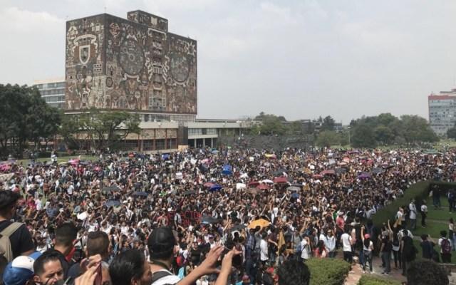 UNAM expulsa a alumno número 26 por agresión porril en CU - Foto de @Megafono_MX
