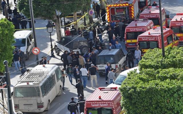 Nueve heridos por atentado suicida de mujer en Túnez - Atentado suicida en Túnez. Foto de AFP / Fethi Belaid