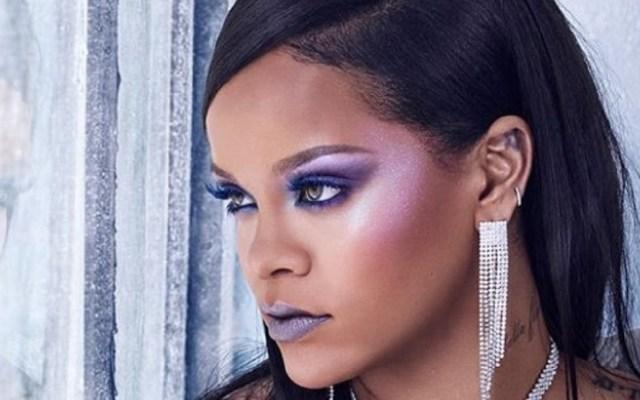 Atrapan a ladrones de casas de Rihanna y otras celebridades - Rihanna presentando su línea de maquillaje Fenty Beauty. Foto de @badgalriri