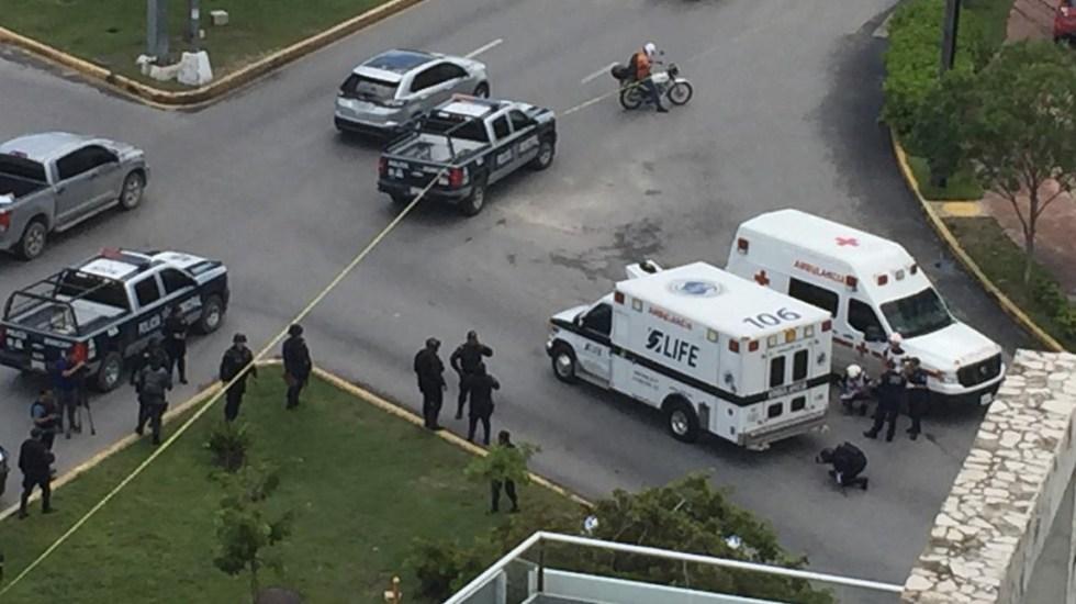 Presunto asaltante muere arrollado por ambulancia en Cancún - Foto de Líder Quintana Roo