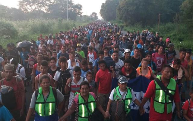 Caravana migrante reanuda viaje a Estados Unidos - Migrantes reanudan viaje a EE.UU. Foto de @rodolfohdezglez
