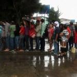 Regresan a Honduras 200 miembros de la caravana migrante - Parte de la caravana migrante decidió regresar a Honduras. Foto de AFP / Orlando Sierra