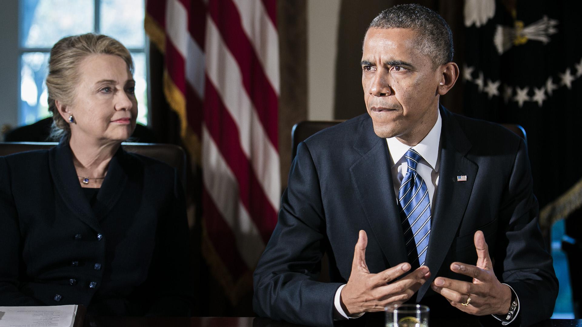 Hallan dos paquetes sospechosos en las casas de Obama y Clinton