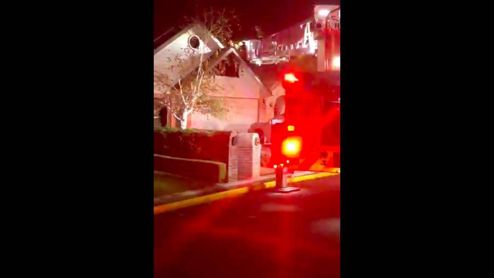 Hombre incendia su casa al tratar de matar aranas