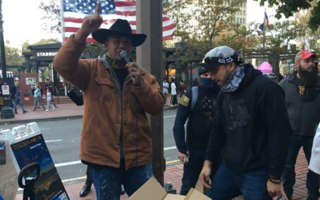 #Video Manifestación de derecha en Oregon termina en riña - Oregon