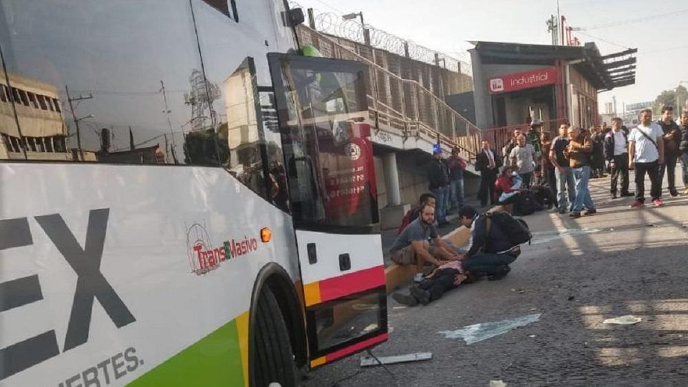 Accidente de Mexibús L1. Foto de Hoy Estado de México