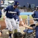 Cerveceros aventajan a los Dodgers en Los Ángeles - Kevork Djansezian/ GETTY IMAGES NORTH AMERICA/AFP
