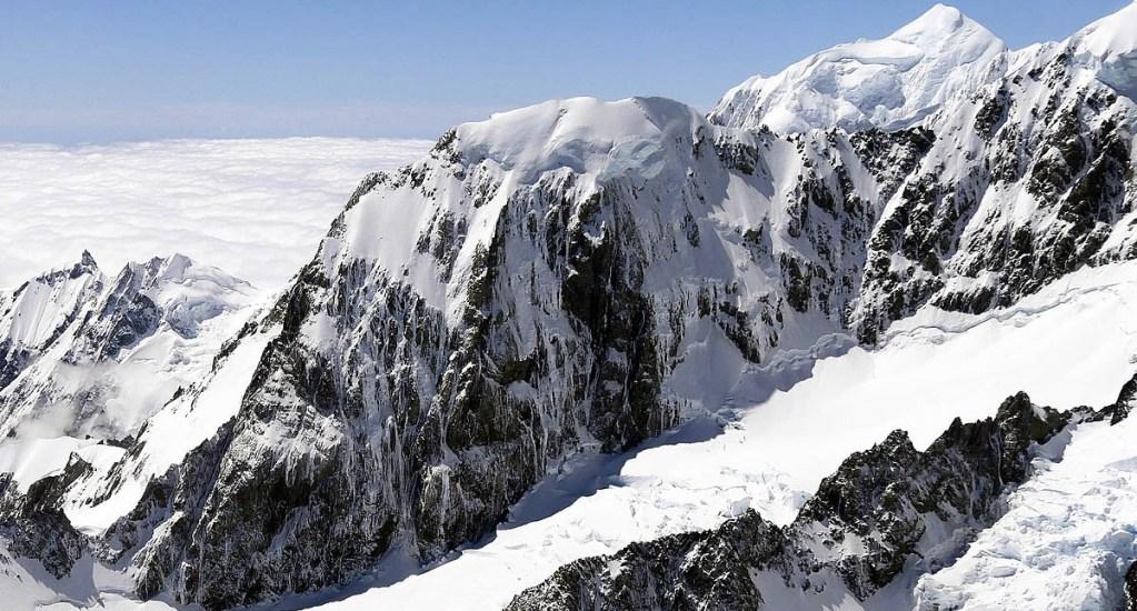 Mujer sobrevive a avalancha en Nueva Zelanda; sus acompañantes mueren - El Mount Hicks en Nueva Zelanda. Foto de Internet