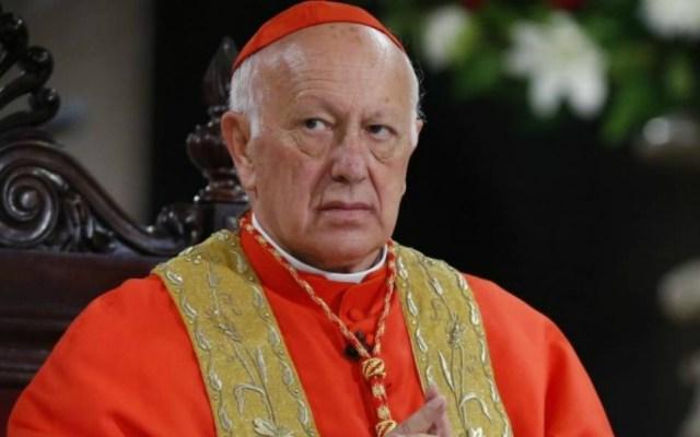 Papa Francisco acepta dimisión de cardenal chileno que encubrió abusos - Ezzati se presentó este miércoles en la Fiscalía de Rancagua
