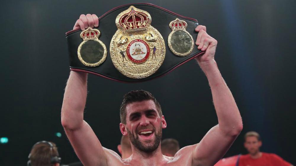 'Canelo' confirma pelea para diciembre