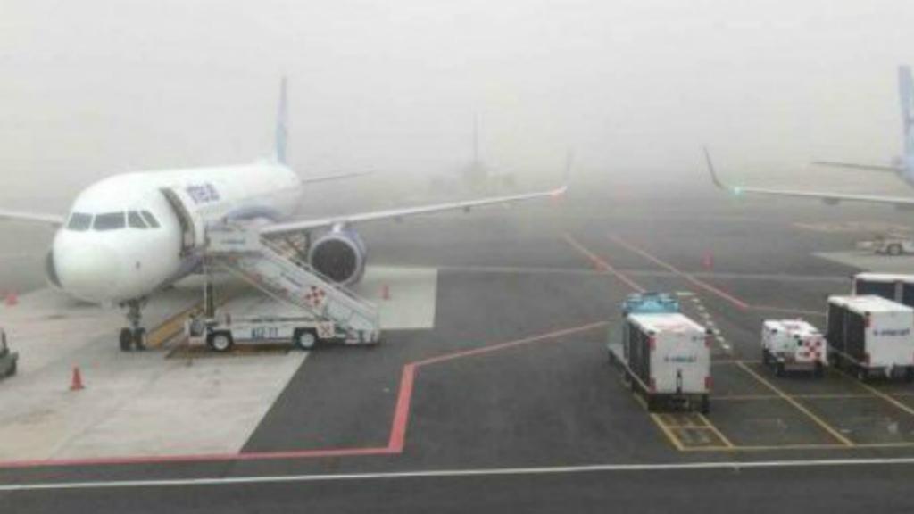El AICM reanuda operaciones tras banco de niebla - banco de niebla obligó a suspender operaciones en el naim