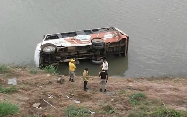 Autobús cae a barranco en Sinaloa y muere un bebé - Foto de Noroeste