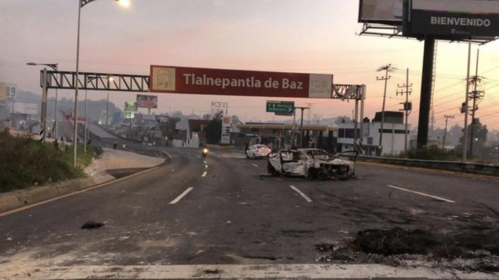 Vecinos bloquean la autopista México-Pachuca - Foto de Foro TV