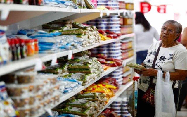 Canasta alimentaria se redujo de 8.9 pesos en octubre - Foto de Internet