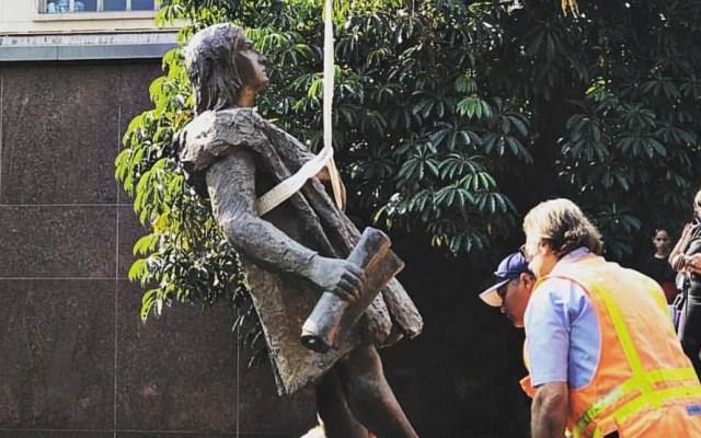 """Quitan estatua de Cristóbal Colón en Los Ángeles como acto de """"justicia"""" - La estatua de Cristóbal Colón llevaba 45 años en Grand Park, Los Ángeles. Foto de Twitter"""