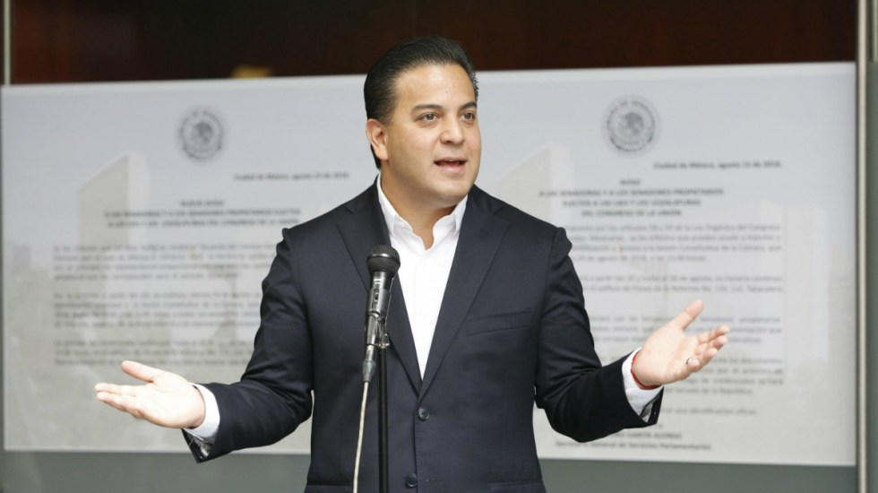 Damián Zepeda lamenta renuncia de Felipe Calderón al PAN - Zepeda dijo que el tema de la mariguana se puede decidir con una consulta ciudadana real