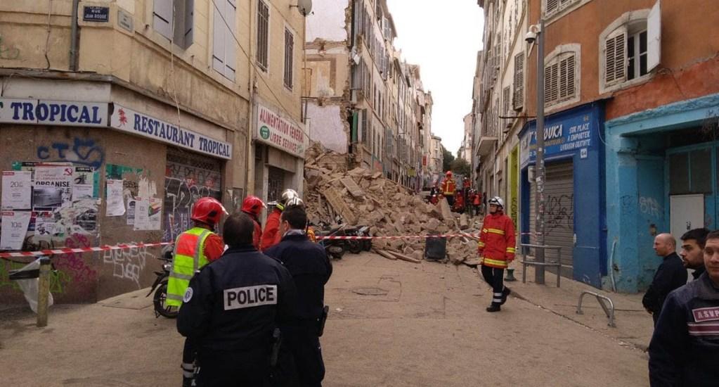 Colapsan dos edificios habitados en Marsella - Derrumbe de edificio en Marsella. Foto de Marsactu