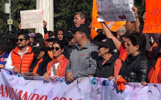 Encabeza Amieva marcha contra la violencia hacia la mujer - La marcha contra la violencia hacia la mujer concluyó en el Hemiciclo a Juárez. Foto de @COPRED_CDMX