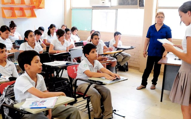 Publican lineamientos para reconstrucción del sector educativo en México - Foto de NTV