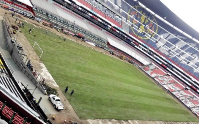Estado de cancha del Azteca podría influir en los partidos: ex director de operaciones - Estadio Azteca césped