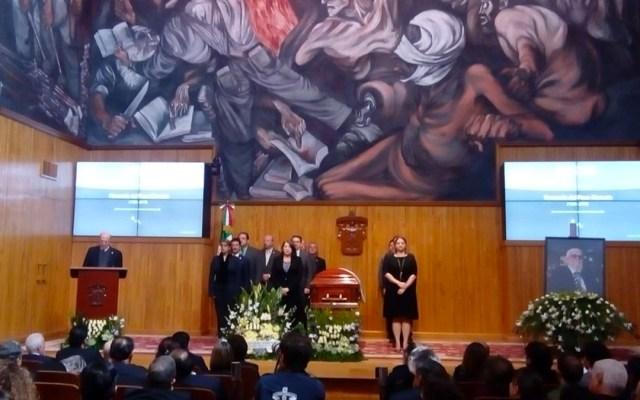 Rinden homenaje a Fernando del Paso en la Universidad de Guadalajara - Foto de Milenio