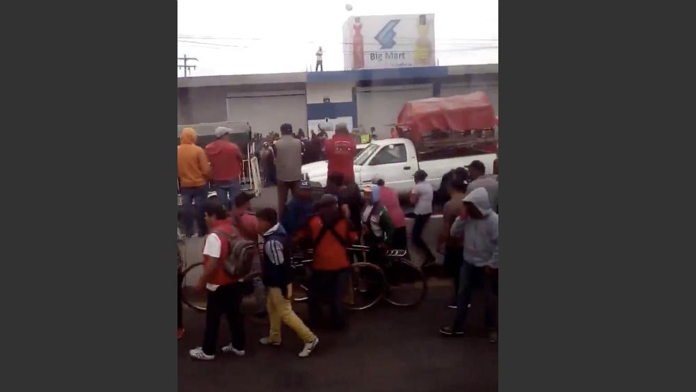 Linchan a presunto ladrón en Huixcolotla, Puebla. Noticias en tiempo real