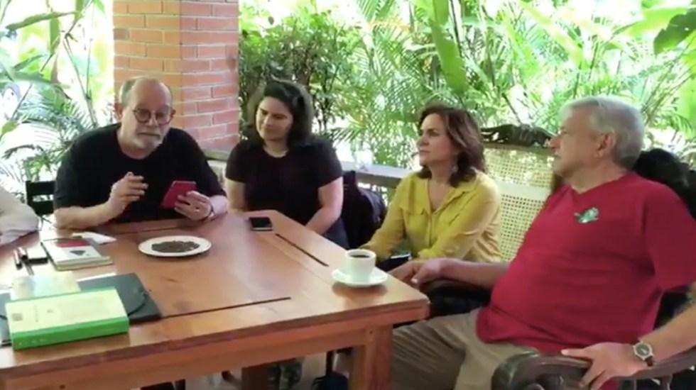 #Video López Obrador comparte estancia en Palenque previo a toma de posesión