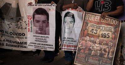 Ordenan a la Marina informar el uso de buzos en búsqueda de los 43 - Inai ordena a la marina informar uso de buzos ayotzinapa