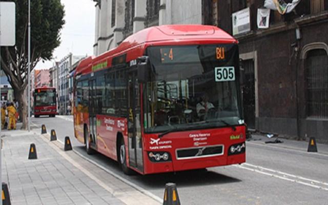 Metrobús desmiente interrupción de servicio por falta de combustible - Metrobús L4. Foto de Internet
