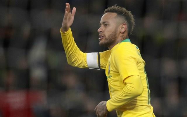 Con gol de Neymar, Brasil supera 1-0 a Uruguay en amistoso - Foto de AFP