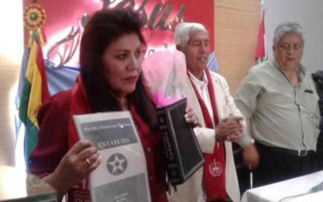 Diputada admiradora de Bolsonaro peleará presidencia de Bolivia - Anuncio de Norma Piérola como candidata presidencial de Bolivia. Foto de La Razón Bolivia
