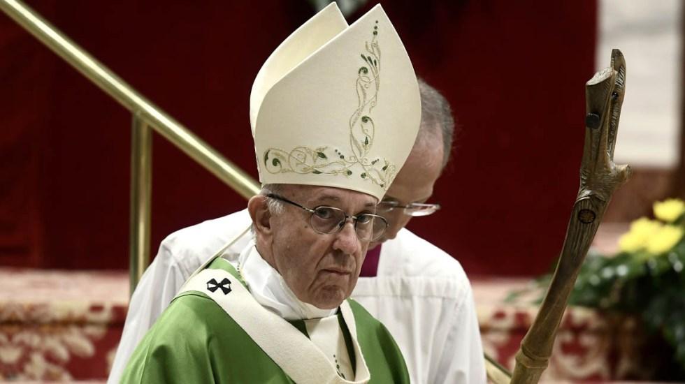 Iglesia Católica dará nuevo protagonismo a los jóvenes - Papa Francisco en misa de clausura del Sínodo de Obispos 2018. Foto de AFP / Filippo Monteforte
