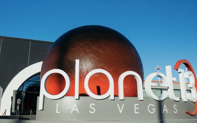 Abre en Las Vegas la tienda de mariguana más grande del mundo - Foto de @Planet13lv
